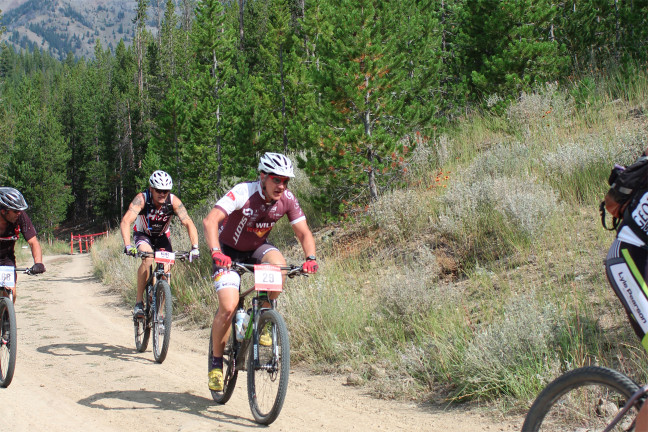 Weston at 2015 Galena Grinder pacing Connell at the beginning of the big (second) loop
